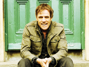 Hitchin Folk Club: Martyn Joseph picture