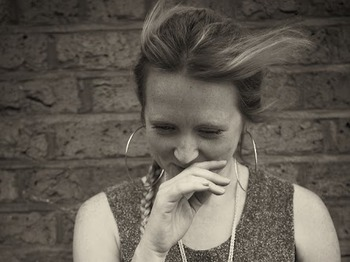 Hollie McNish artist photo