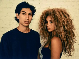 Lion Babe artist photo