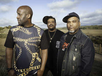 Celebrating 25 Years of Hip Hop: De La Soul + Elli Ingram + Rob Lois  picture