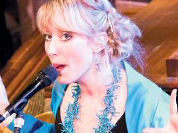 Gwyneth Herbert artist photo