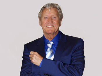 Star Studded MBE Award Party: Joe Longthorne picture