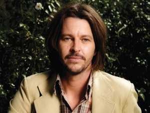 Bernard Fanning artist photo