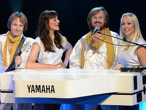Waterloo - The Best of Abba Tribute Show artist photo