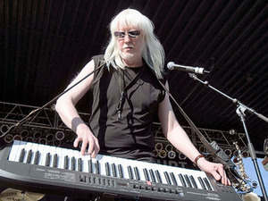 Edgar Winter artist photo