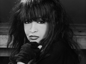 Ronnie Spector artist photo