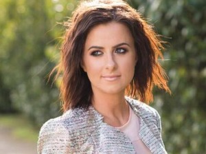 Lisa McHugh artist photo