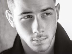 Nick Jonas artist photo