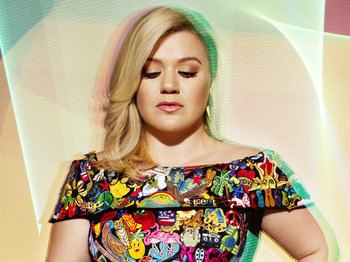 Kelly Clarkson + Cover Drive picture