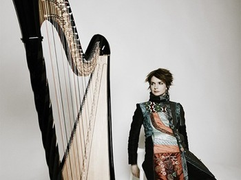 Catrin Finch Harp  Bach's Goldberg Variations: Catrin Finch picture