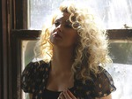 Tori Kelly artist photo