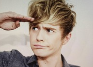Mikey Bromley artist photo