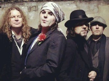 In The Studio: The Quireboys + The Burning Crows picture