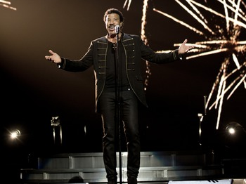 Racing Plus Concert: Lionel Richie picture