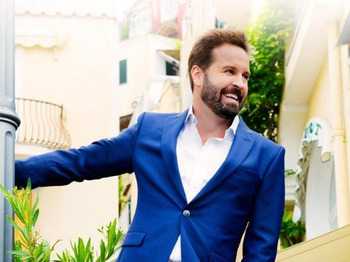 Alfie Boe artist photo