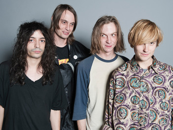 DIIV (formerly DIVE) picture