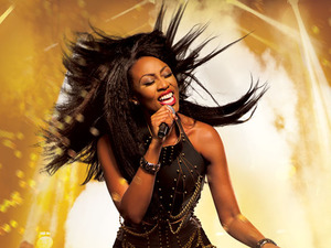 Beverley Knight artist photo