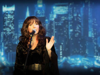 The Kick Inside 40th Anniversary Concert: Cloudbusting: The Music of Kate Bush picture