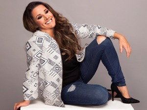 Sam Bailey artist photo