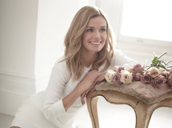 Christmas With Katherine Jenkins: Katherine Jenkins OBE, Mark Vincent, Anthony Inglis, London Concert Orchestra picture