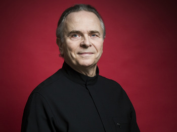 Sir Mark Elder artist photo