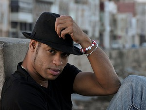 Roberto Fonseca artist photo