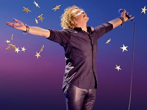 Simply Red artist photo