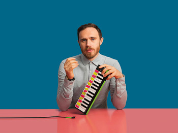 James Vincent McMorrow + Slow Skies picture