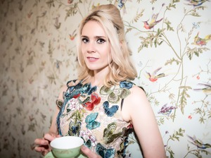 Kate Nash artist photo