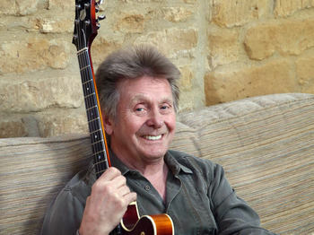 In Concert: Joe Brown picture