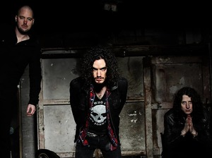 RavenEye (Featuring Oli Brown) artist photo