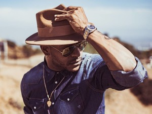 Eric Bellinger artist photo