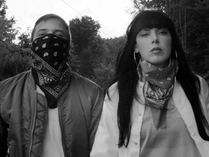 Sleigh Bells artist photo