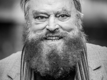 Brian Blessed artist photo