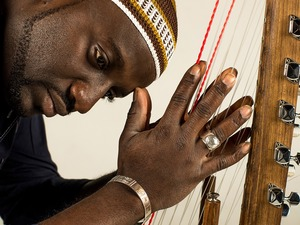 Seckou Keita artist photo
