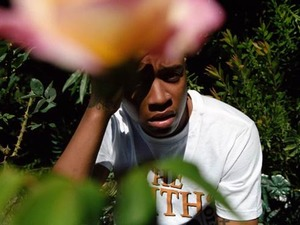 Rejjie Snow artist photo