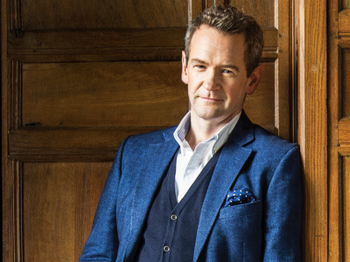 Alexander Armstrong picture