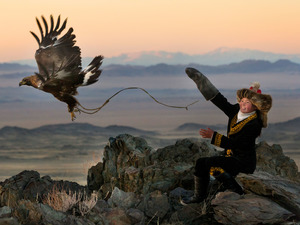 Film promo picture: The Eagle Huntress