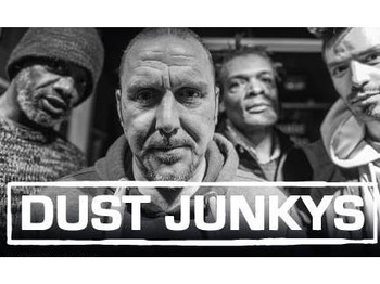 Dust Junkys picture