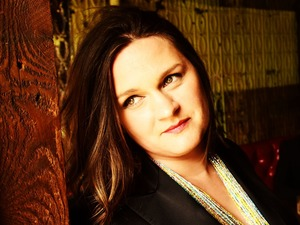 Madeleine Peyroux artist photo