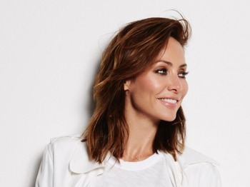 Natalie Imbruglia artist photo