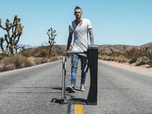 Machine Gun Kelly artist photo