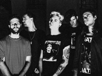 Holding Absence artist photo