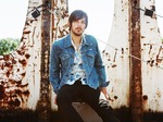 Charlie Worsham artist photo