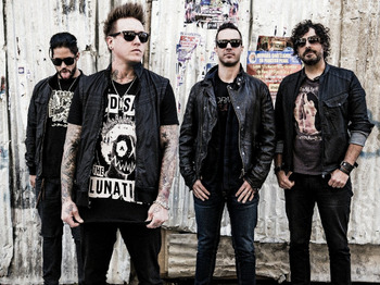Papa Roach + Madina Lake + Heavens Basement picture