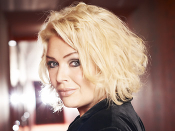 Kim Wilde's Christmas Party: Kim Wilde + Nik Kershaw picture