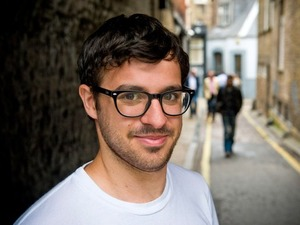 Simon Bird artist photo