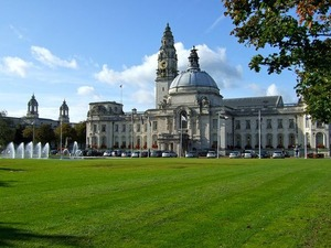 Cardiff City Hall Lawn artist photo