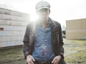 Justin Townes Earle + Walton Hesse picture