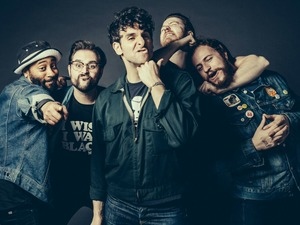 Low Cut Connie artist photo